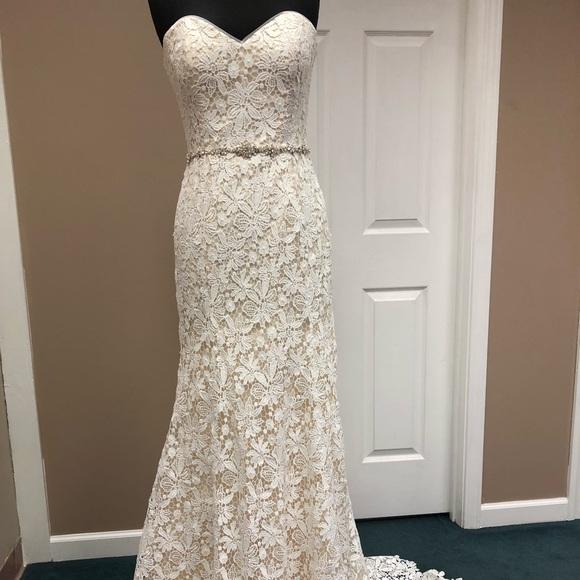 Jasmine Dresses & Skirts - Jasmine Wedding Gown F191006